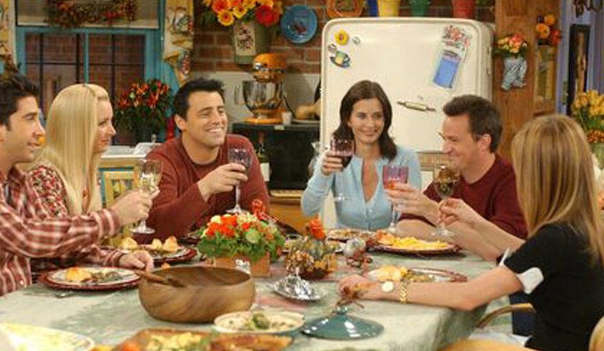 TV show Friends dinner thanksgiving scene